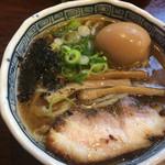 勝屋 - 煮玉子中華そば780円