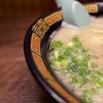 一蘭 - 美味いなあ、ここのは。