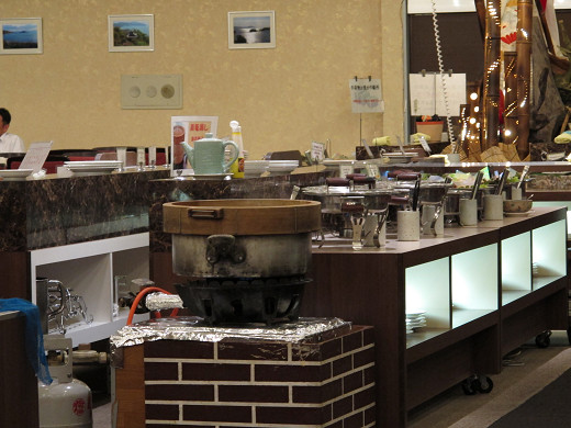 https://tabelog.ssl.k-img.com/restaurant/images/Rvw/27013/27013414.jpg
