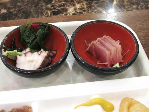 https://tabelog.ssl.k-img.com/restaurant/images/Rvw/27013/27013433.jpg