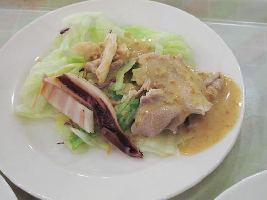 https://tabelog.ssl.k-img.com/restaurant/images/Rvw/27013/27013441.jpg