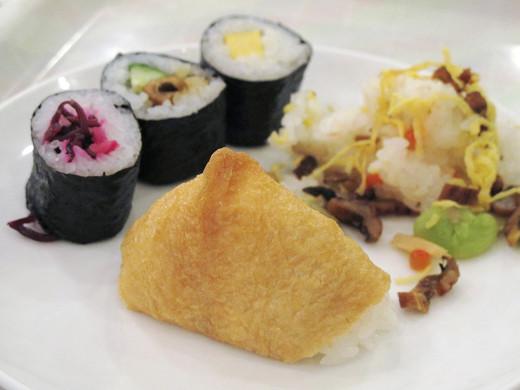 https://tabelog.ssl.k-img.com/restaurant/images/Rvw/27013/27013448.jpg