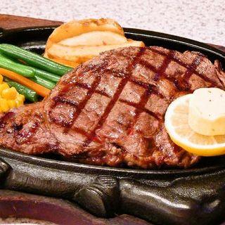 20種類に及ぶアメリカンスタイル(ビッグサイズ)のステーキ!