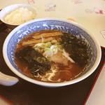 蔵亭  - 醤油ら〜めん 650円