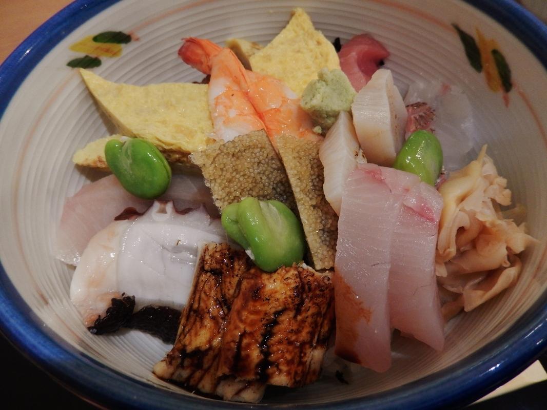 寿司 MAKOTO