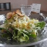 ラファミーユスユクル - 前菜のサラダ(2014.02)