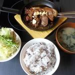 しゃぶしゃぶ剛 - 阿波トンテキ定食(2014年5月当時)