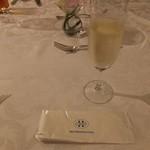 エスカーレ - スパークリングワイン