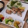 フォレストガーデン - 料理写真:鶏ももローズマリー風味のランチ