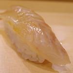 弁天山美家古寿司 - 真鯛