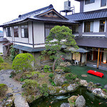 出羽屋 - 客室からの中庭の眺め