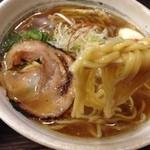 27253735 - 麺リフト