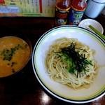 ラハメン ヤマン - ゴマつけ+あぶらはの挽肉・900円+100円