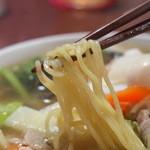中華料理 DAIKEI - 麺は柔らかい。