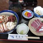 亀島亭 - 2014.01.09せいこがに丼と、追加で頼んだぶりの刺身