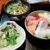 魚晴 - 料理写真:ちらし寿司定食700円♪