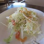 木もれ陽のテラス - サラダはせんキャベツ