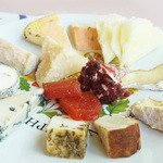 チーズ王国 - チーズ盛り合わせ