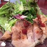 オットノーヴェ - バームクーヘン豚のローストポーク バルサミコソース