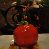 """フラワーズ - 甘酸っぱくて、みずみずしい! """"トマトのファルシーサラダ"""""""