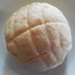 アップルベリー - 料理写真:卵・牛乳を使わないメロンパン¥130-