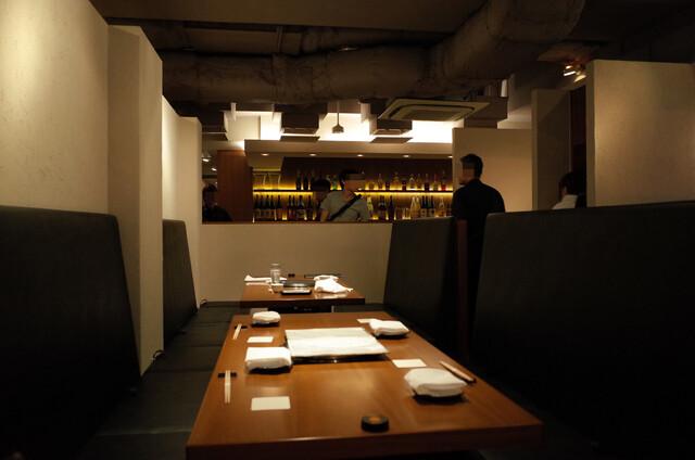 https://tabelog.ssl.k-img.com/restaurant/images/Rvw/27431/640x640_rect_27431819.jpg