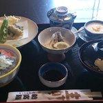 新富鮨 - 日立の地魚御前(1,000円)
