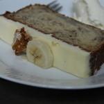Nicolai Bergmann NOMU - バナナケーキ バナナケーキはアイスかホイップが選べましたよ。