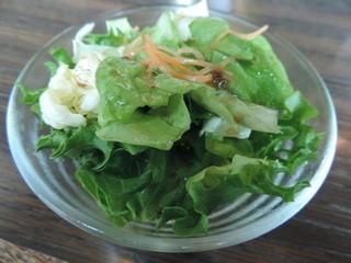 トリム - ランチのサラダ