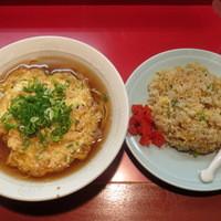 太湖 - 天津麺と炒飯