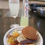 和菓子薫風 - レモンチェッロとどら焼きで頂きました。