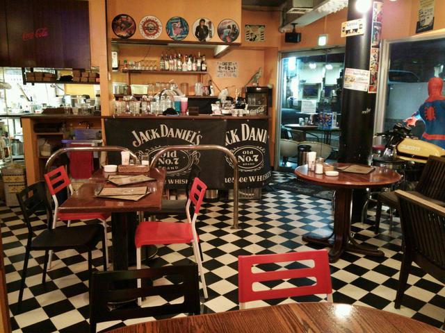 https://tabelog.ssl.k-img.com/restaurant/images/Rvw/27551/640x640_rect_27551021.jpg