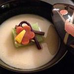 懐石料理 花壇 - お椀