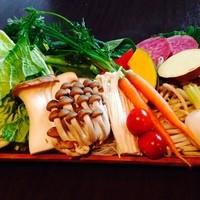 選べる野菜は常時30種類。季節ごとに旬な物も取り揃えてます。