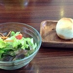 One Life -  サラダ&パン