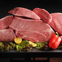 肉匠が確かな目で厳選した全国のブランド牛を食べ比べ!