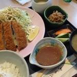 27594834 -  マグロチーズカツ定食