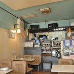 レストラン・カフェ クイーン -