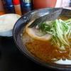 らーめん八海 - 料理写真: 醤油ラーメン680円 小ライス100円。