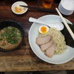 27740826 -  博多つけ麺