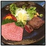 炭火焼肉 寿門 - 刺身3種盛り