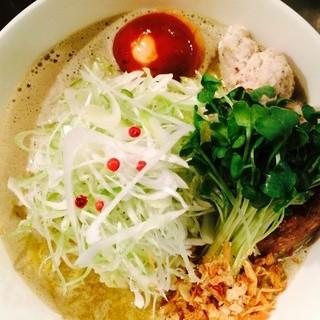 龍馬軒 - 料理写真: 鶏白湯麺