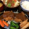 れすとらん関亭 - 料理写真:松阪牛のメンチカツ定食。