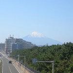 サザンビーチカフェ - この日は富士山が綺麗な姿です
