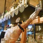 ワインバル 青木酒店 - 枝肉からスライスか~♪