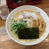 宮崎とんこつ 神楽 - 料理写真:とんこつ醤油ラーメン ¥650