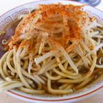 ラーメン生郎 - ラーメン+ニンニク+トウガラシ