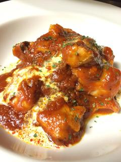AMUSER - 鶏もも肉のアラビアータ