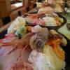 漁亭 浜や - 料理写真:浜や人気NO1海鮮ちらし!2,380円