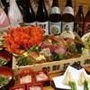 丸港水産 - 料理写真:新宿三丁目で宴会と言えば丸港水産!一押しはトロ箱コース4000円